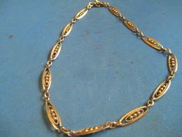 Bijou Fantaisie Ancien /Bracelet Métal Doré / Mailles Type Filigrane/Vers 1930 - 1950     BIJ101 - Jewels & Clocks