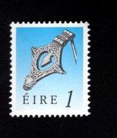 758884232 1990 1995 SCOTT 767 POSTFRIS  MINT NEVER HINGED EINWANDFREI  (XX)  ART TREASURES OF IRELAND - 1949-... République D'Irlande
