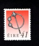 758889044 1990 1995 SCOTT 786 POSTFRIS  MINT NEVER HINGED EINWANDFREI  (XX)  ART TREASURES OF IRELAND - 1949-... République D'Irlande