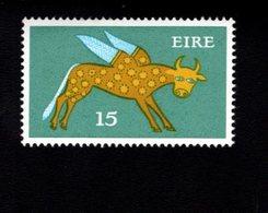 758908190 1975 SCOTT 356 POSTFRIS  MINT NEVER HINGED EINWANDFREI  (XX)  TYPE OF 1968 - WINGED OX - 1949-... République D'Irlande