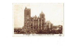 Cpa - 18 - BOURGES -  La Cathédrale Façade - Travaux échafaudage - E. Maquaire - 207 - Bourges