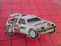 512A  Pins Pin's  / Rare & Belle Qualité / THEME AUTOMOBILES : VOITURE DE RALLYE LADA POCH C'est Dans La Poche ! - Rallye