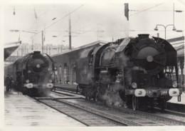 PHOTO DE  LOCOMOTIVES A VAPEUR EN GARE - A IDENTIFIER - Spoorweg