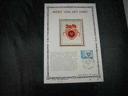 """BELG.1980 1992 FDC Gold/zijde Kaart N°167/200ex NL : """" Week Van Het Hart / Semaine Du Coeur """" - FDC"""