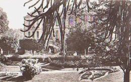Creuse        105        Guéret.Le Jardin Public - Guéret
