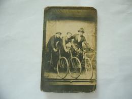 FOTO PHOTO  DI GRUPPO DI AMICI  IN BICICLETTA CON DEDICA PARTIGIANI.? - Ciclismo