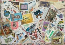 Ruanda Briefmarken-500 Verschiedene Marken - Collezioni