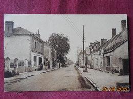CPSM - Vendoeuvres - Rue Grande - France
