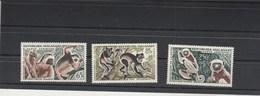 Madagascar Yvert Série PA 84 à 86 Singes 84 Avec Charnière Légère, 85 Et 86 Sans Charnière Voir Scan 2 - Madagascar (1960-...)