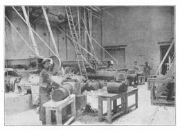 VIVIEZ La Vieille Montagne Pétrissage De La Terre Réfractaire Pour La Confection De Creusets 1934 - Vieux Papiers