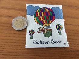 étiquette Tissu Vêtement «Balloon Bear» (Ours, Ballon, Montgolfière) - Vintage Clothes & Linen