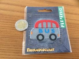 étiquette Tissu Vêtement Fil'ing «bus» Neuf Sous Blister - Vintage Clothes & Linen
