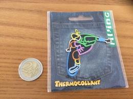 étiquette Tissu Vêtement Fil'ing «skate» Neuf Sous Blister - Vintage Clothes & Linen