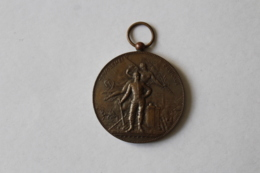 Medaille Pompier  Manoeuvre De Pompes à Incendie  GISORS 1897 - Firemen