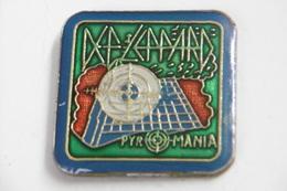 """Pin's - Musique HARD ROCK """"PYROMANIA"""" Album Du Groupe DEF LEPPARD - Musique"""