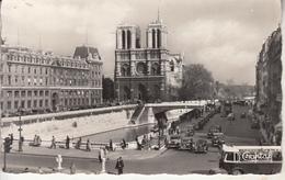 PARIS - NOTRE DAME  Vue Prise Du Boulevard ST Michel - Notre Dame De Paris