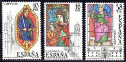 España. Spain. 1983. Vidrieras Artisticas. Catedrales De Leon, Gerona Y Santiago - 1981-90 Nuevos & Fijasellos
