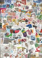 Allemagne Fédérale - Vrac De Plusieurs Centaines De Timbres (65g) Avec Doublons + Quelques Blocs-feuillets - Timbres