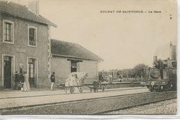 - 17 - CHARENTE- MARITIME -AULNAY-de-SAINTONGE - La  Gare - Bahnhöfe Mit Zügen