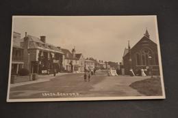 Carte Postale 1910/30  GB SEAFORD Sorti D'église Animée - Angleterre