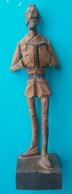 Statuette DON QUICHOTTE En Bois Estampillée OURO Artesania N° 576 Hauteur  21 Cm - Bois