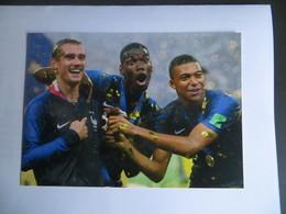 CPM Coupe Du Monde De Football 2018 - La France Championne Du Monde Les Joueurs Mbappe - Pogba - Griezmann - Calcio