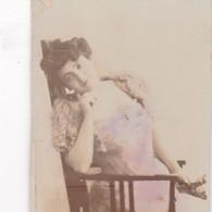 ARTISTE A IDENTIFIER. COLORISE. COLLECTIBLE TOBACCO CARDS CIRCA 1915s - BLEUP - Célébrités