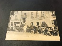 Cafés De La Place De L'Hotel De Ville De JUJURIEUX (Thevenin & Moderne) - 1911 Timbrée - Autres Communes