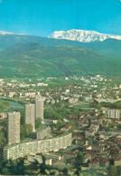 Grenoble Avenue Marechal Leclerc Et Les Stades Au Fond Le Taillefer  CPM Ou CPSM - Grenoble