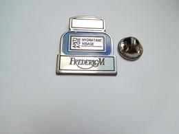 Beau Pin's , Parfum , Produit De Beauté , Frederic M - Parfum