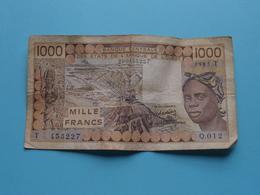 1000 ( Mille ) FRANCS Banque Centrale Des Etats De L'AFRIQUE De L'OUEST 290453227 ( T 453227 - 1985 ) ! - États D'Afrique De L'Ouest