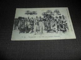 Congo Belge ( 77 )  Belgisch Kongo  :   Doruma - Uèlé  - Chef Dika Avec Quelques Pistonniers - Belgisch-Congo - Varia
