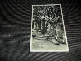 Congo Belge ( 85 )  Belgisch Kongo  :  L' Afrique Qui Disparait  - Photographe C. Zagourski - N° 142   A.E.F. Forgerons - Belgisch-Congo - Varia