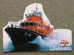 LIFEBOAT-SHAPED CARD - Ships