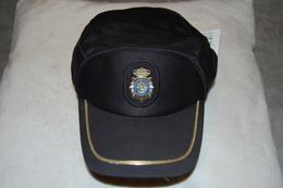 Casquette POLICE ESPAGNE - CUERPO NATIONAL DE POLICIA EN ESPANA - Casques & Coiffures