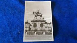 Kobenhavn Fr. V S Rytterstatue Paa Amalienborg Slotsplads Denmark - Danimarca