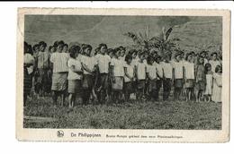 """CPA- Carte Postale  Philippines-""""Bruine Meisje Gekleed Door Onze Missienaaikringen """"  VM2685 - Philippines"""