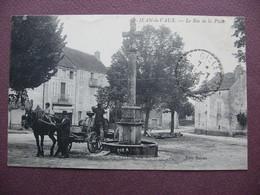 CPA 71 SAINT JEAN DE VAUX  Bas De La Place ANIMEE ATTELAGE TONNEAU 1919 Canton GIVRY - France