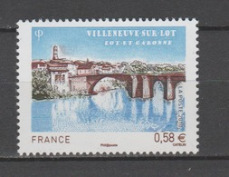 FRANCE / 2010 / Y&T N° 4513 ** : Villeneuve-sur-Lot - Gomme D'origine Intacte - France