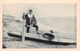 ESQUIMAU USA ALASKA  Barrow  Utqiagvik Denbigh Détroit De Behring Canoé Chasse Au Phoque Canada Eskimo 32 FRCR90932 - Fairbanks