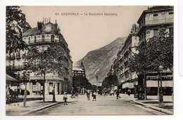 - CPA GRENOBLE (38) - Le Boulevard Gambetta (belle Animation) - Cliché A. V. 051 - - Grenoble