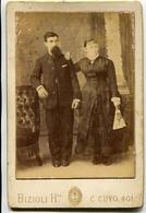 PAREJA CON ROPA OSCURA, COUPLE WITH DARK CLOTHES. FOTO ANTIGUA, OLD PHOTO, CIRCA 1880 ARGENTINA - LILHU - Fotos