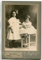 DOS NIÑAS, HERMANAS. TWO GIRLS, SISTERS. DEUX FILLES SOEURS. FOTO ANTIGUA OLD PHOTO CIRCA 1880 - LILHU - Fotos