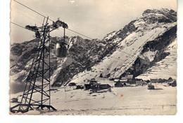 CPSM -  Alpe De Venosc (Isère)  1650 M  - Le Télévoiture Du Diable  Et Le Village. - Sports D'hiver