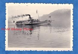 Photo Ancienne Snapshot - Bateau Sur Le LAC LEMAN - 1952 - Vevey Suisse Dent Du Midi Vapeur Ship Boat - Barcos