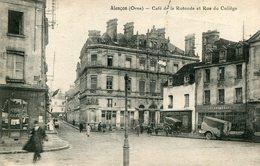 ALENCON - Café De La Rotonde Et Rue Du Collège - Alencon