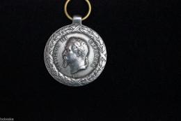 """Médaille Napoléon III """"Campagne D'Italie"""" (reproduction) - Médailles & Décorations"""