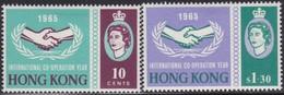 Hong Kong  .   SG      .    216/217        .    *      .      Mint-hinged    .   /    .   Ongebruikt - Unused Stamps