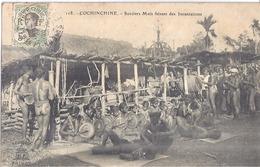 118 -COCHINCHINE -SORCIERS MOIS FAISANT LES INCANTATIONS    BELLE CARTE ANIMEE 1913 - Postcards