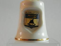 """Dé A Coudre Porcelaine Avec Blason """"Palavas Les Flots"""" - Vingerhoeden"""